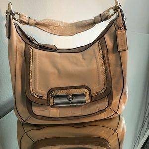 COACH NWO Leather & Snakeskin purse